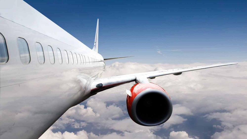 आपके विमानन प्रशिक्षण अकादमी में वर्चुअल रियलिटी शामिल करना लाभदायक हो सकता है।