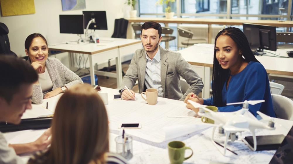 टर्नओवर रेट बढ़ाने के लिए फ्रैंचाइज़र्स कार्यस्थल की शिक्षा का इस तरह कर रहे हैं प्रयोग