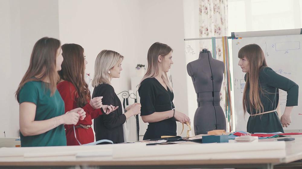 इस तरह शुरू करें फैशन डिजाइन स्कूल बिजनेस