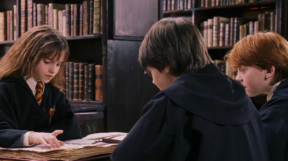 हैरी पॉटर के लीगल पहलुओं को खोज रही हैं लॉ यूनिवर्सिटी