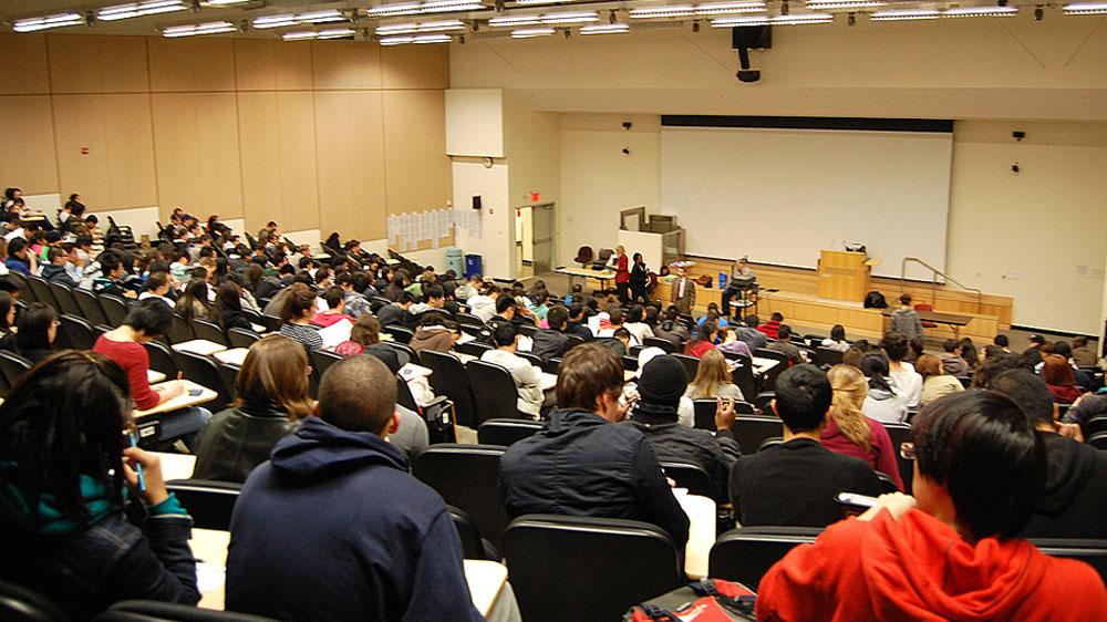 विदेशी विश्वविद्यालयों के साथ सहयोग में शिक्षा को सशक्त बनाना