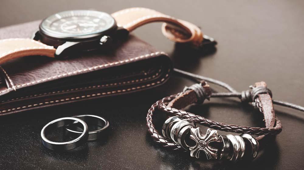 पुरुष एक्सेसरीज़ बाज़ार महत्वाकांक्षी उद्यमियों के लिए एक बड़ा व्यापारिक अवसर है