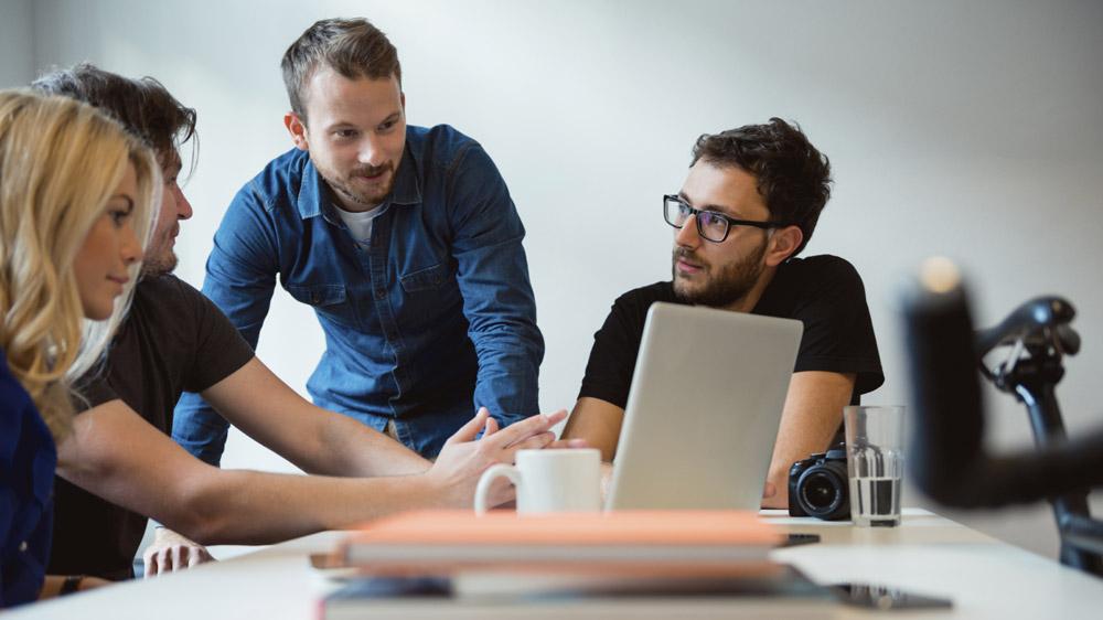 युवा उद्यमियों को अपने विचारों को आकार देने में इन परेशानियों का करना पड़ता है सामना