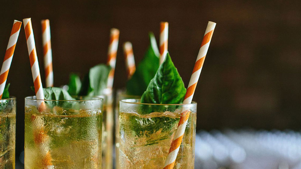 This Delhi Restaurant Bid Goodbye to Plastic Straw, Goes Green