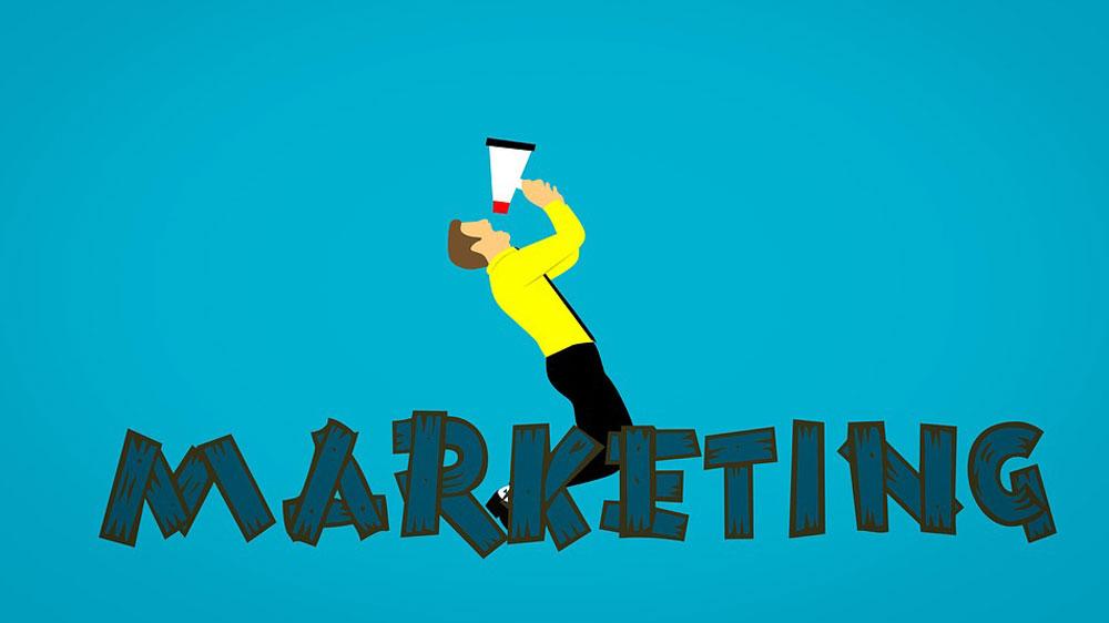 Restaurant Marketing 2.0: Never Avoid Customer Reviews