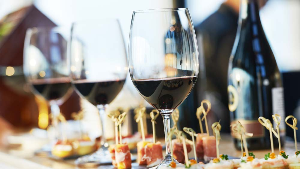 Emerging Themes in the Food Services Market