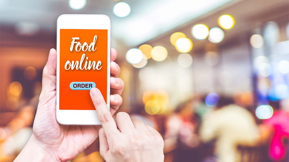 How influential is technology for restaurants?
