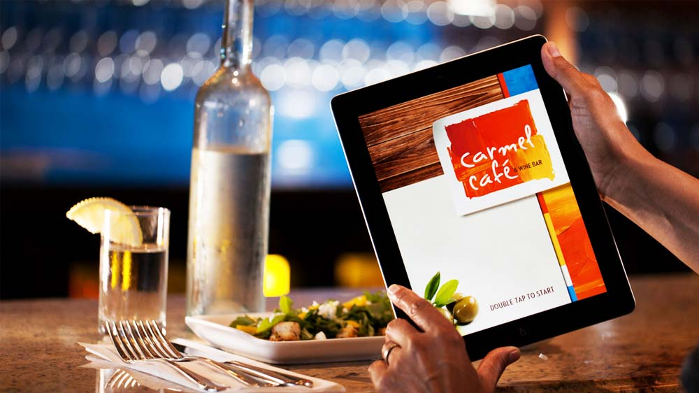 How technology is changing the way customer eat at a restaurant?