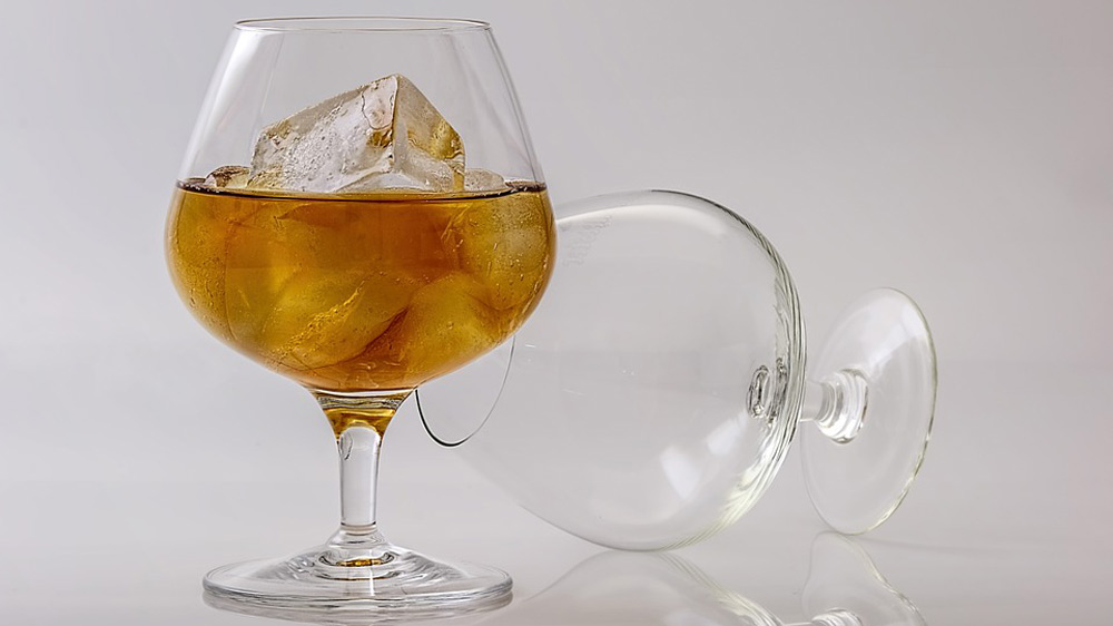 Liquor ban to spell doom for hospitality industry