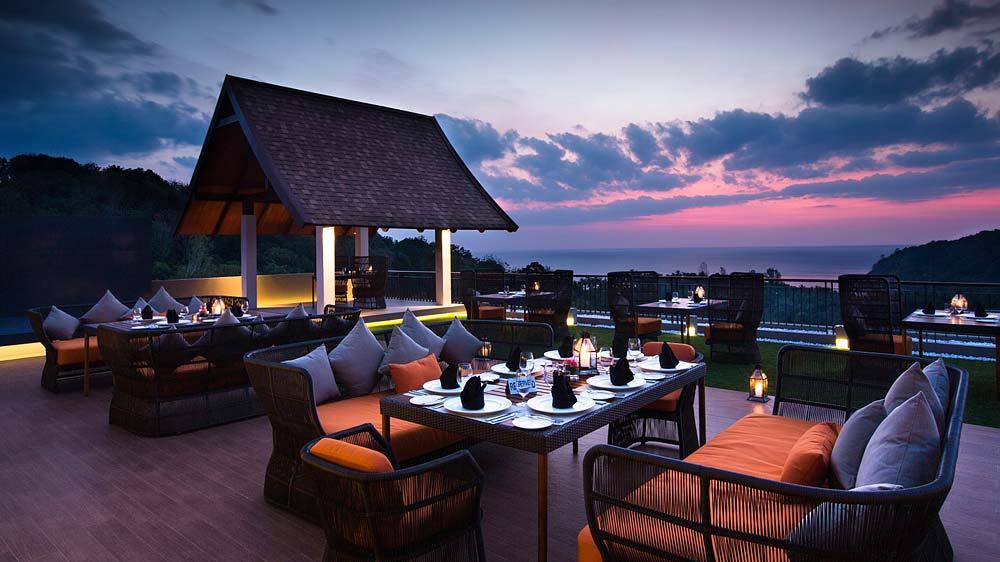 Top 8 rooftop restaurants to visit this winter