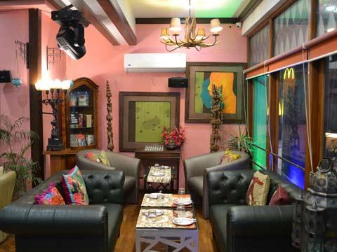 Social media has done wonders for London cafe- Shweta Singh