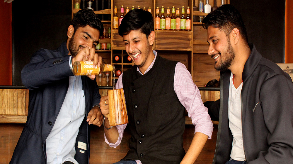 How This Venture In Indore Is Serving Hygienic Herbal Products To Local Customers