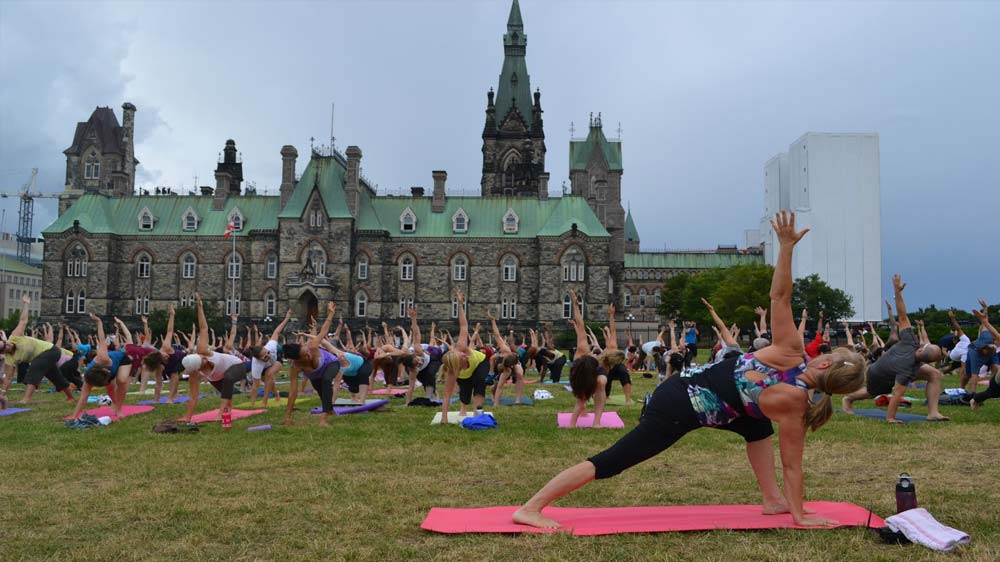 Fuelling a $27 billion industry, Yoga gains momentum in US