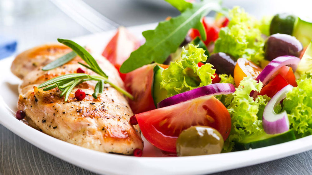 Healthy eating tips for soon to-be brides to lock natural glow