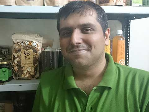 We are on the way to reach Rs 1 Crore top line monthly by Mar'16: HealthyWorld Founder