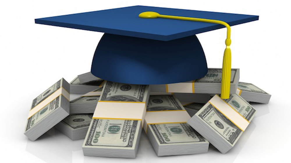 Auxilo Finserve Offers Quick Education Loans
