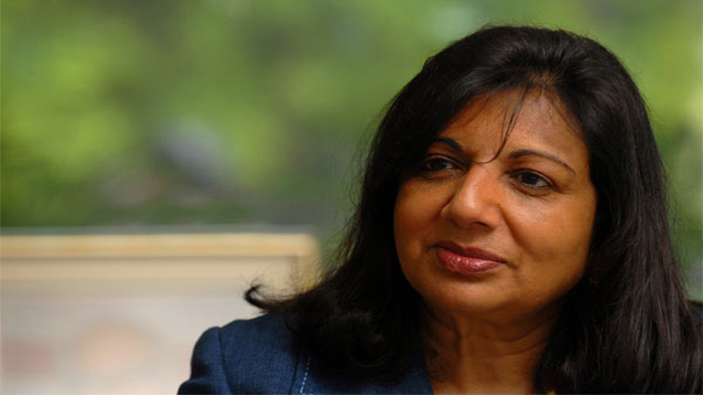 Kiran Shaw, Kannada Development Authority spar over English medium classes