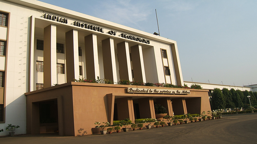 IIT Kharagpur Grabs 1000 Job Offers In 6 Days