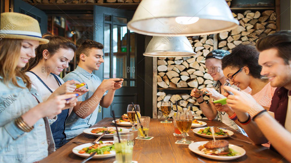India restaurants turns to Photographable dishes that customers can click and share