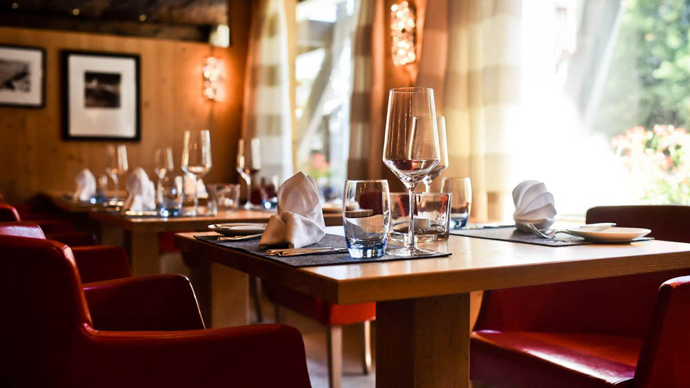 Yellow Tie Hospitality Acquires three QSR brands