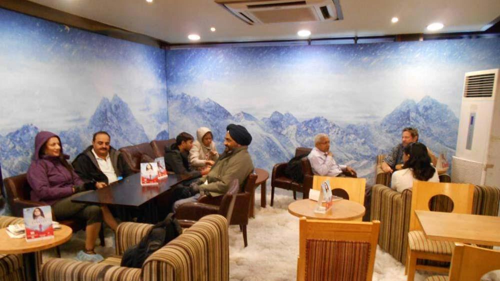 Costa Coffee celebrates the opening of Ashutosh Gowariker\'s TV show \'Everest\'