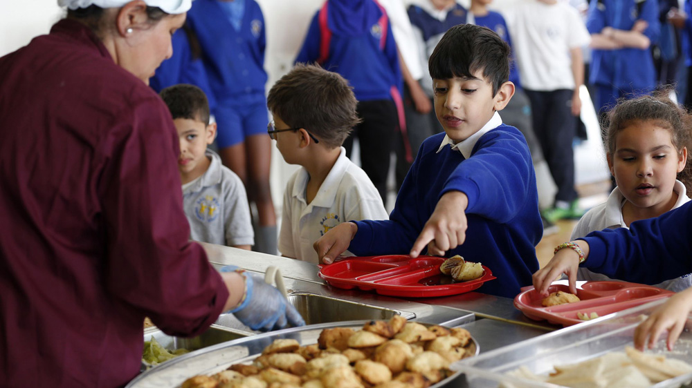 Pizzas, burgers and aerated drinks may get removed from schools platter