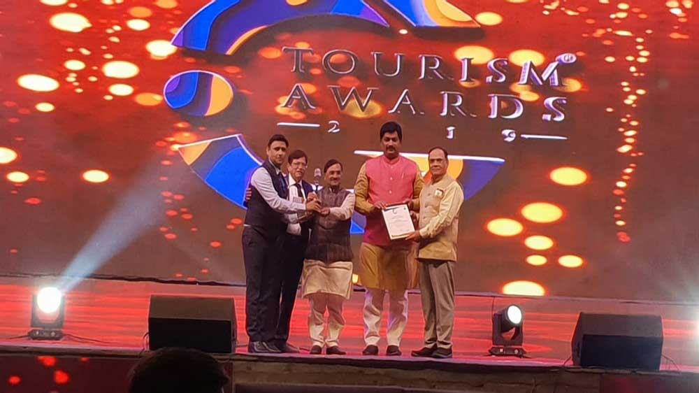 Shalby Hospitals bags 'Best Hospital for Medical Tourism of Gujarat' Award from Gujarat Tourism
