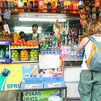 6 Tips for Small Retailers to Grow Big