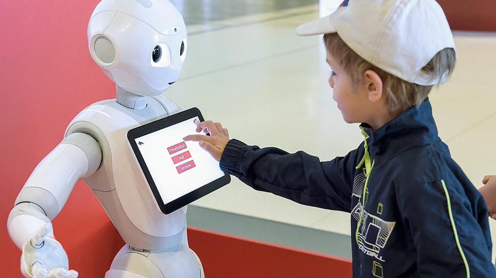 5 Ways AI Can Reinvent Education Sector