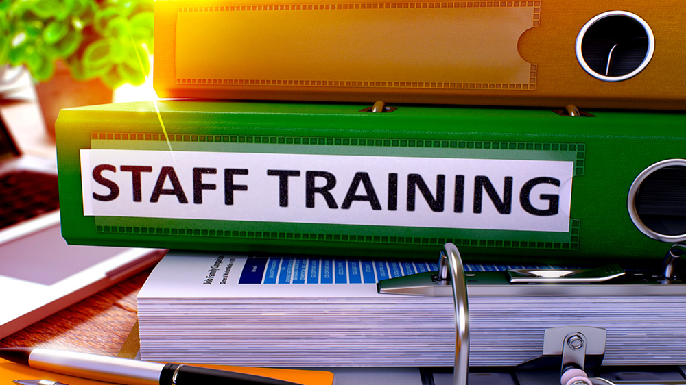 Why Franchisors Require Retail Staff Training At Their Venue