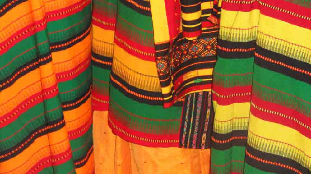 Are Power Looms & Synthetic Fibers Posing Threat for Hand Loom Industry?
