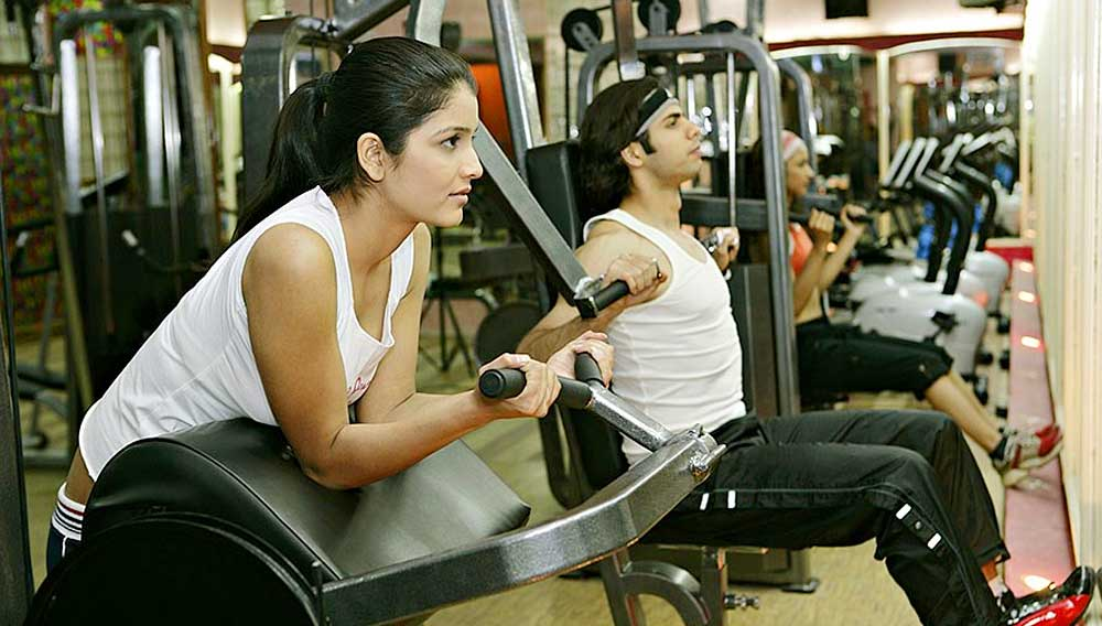 What is not working out for fitness chains in India?