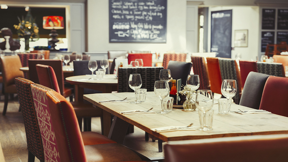 Why Keeping A Track Of Expenses Is Essential For Your Restaurant Biz
