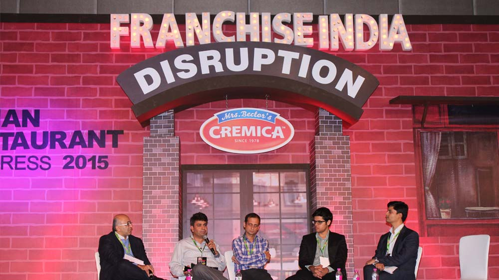 How restaurant industry is getting disruptive: A round up!
