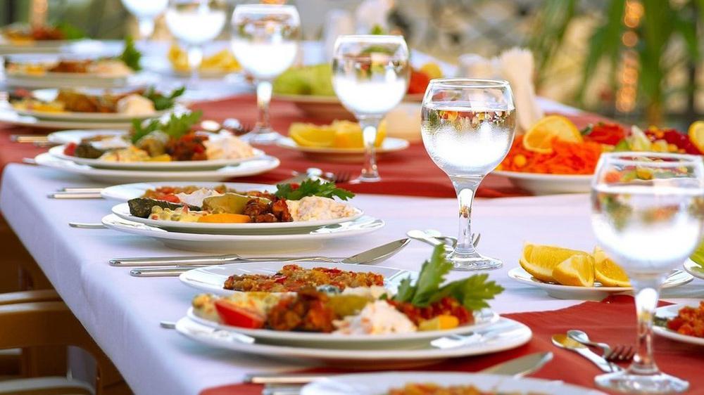 Bill in Lok Sabha seek cap on spending  to hit catering industry