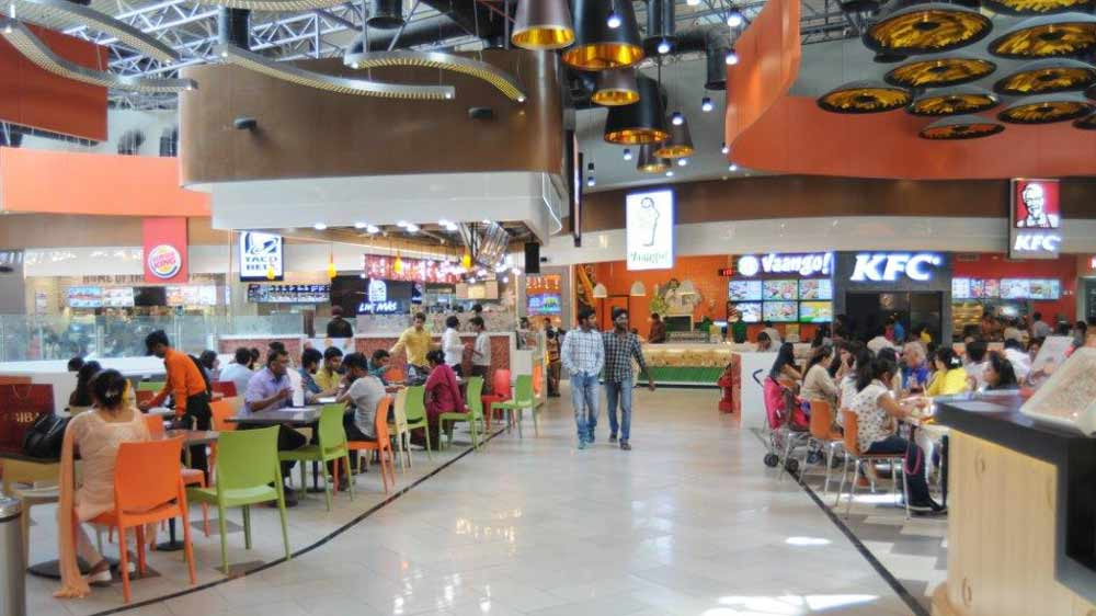 What made Mall of India emphasise on food brands