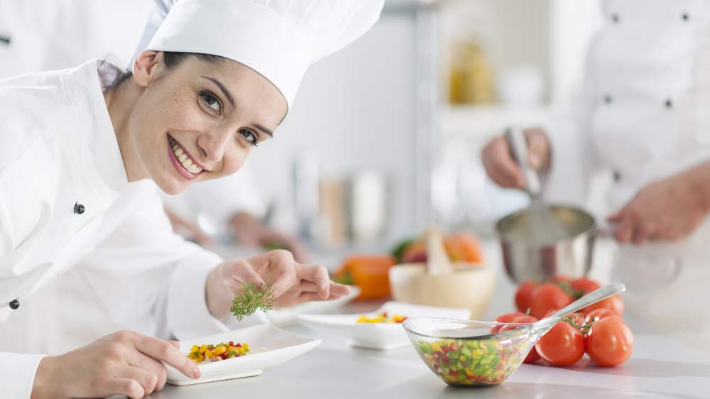 How-can-restaurants-and-food-safety-body-work-together-to-ensure-safe-food