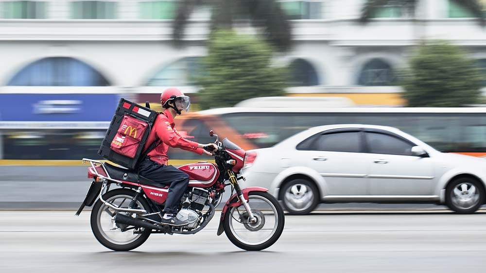 Restaurants ties up with food delivery apps to fasten delivery