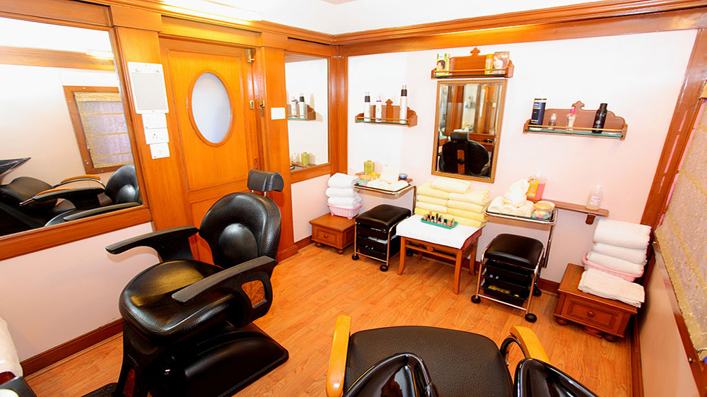 Equipment Required To Run A Beauty Salon Business Successfully
