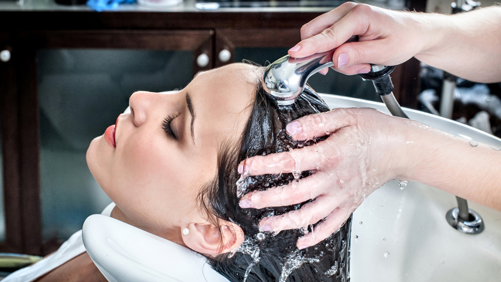 7 Points to Focus on When Starting Your Salon Business