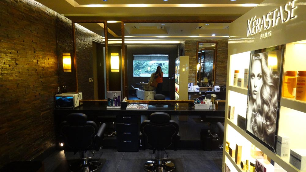 Experience-impeccable-luxury-at-Warren-Tricomi-salon-now-in-Hyderabad