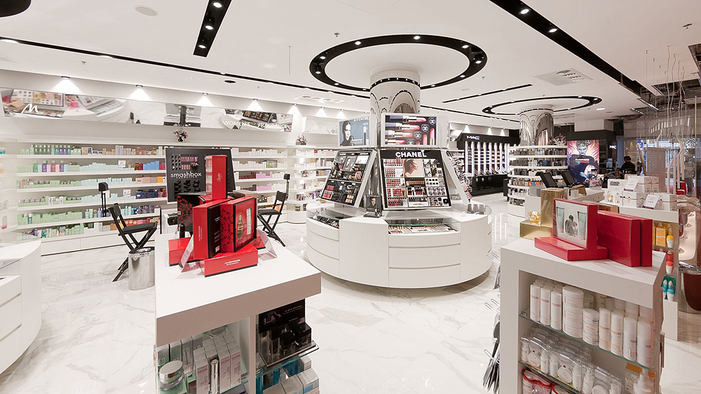 Key factors encouraging big spenders to splurge on luxury beauty brands
