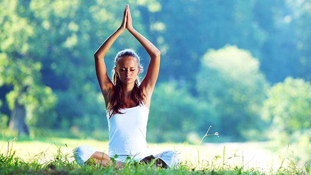 Benefits of outdoor yoga and why you should do it