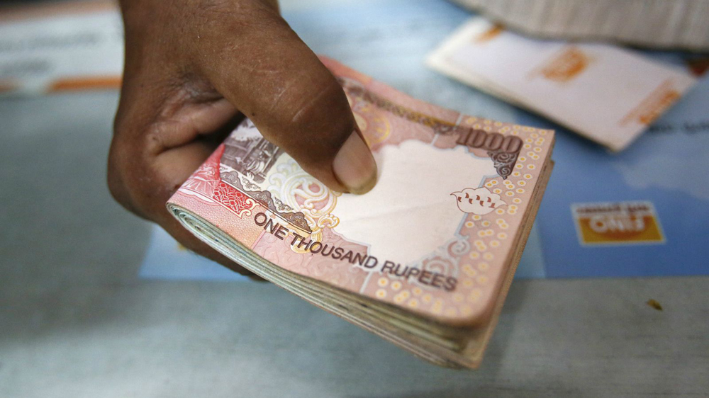 Salons-give-thumbs-up-to-Modi-s-Rs-500-and-Rs-1000-currency-demonetisation