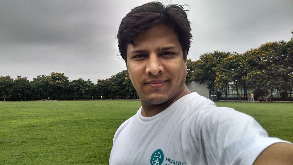 Severe back pain turned this Delhi-based IITian into a wellness entrepreneur