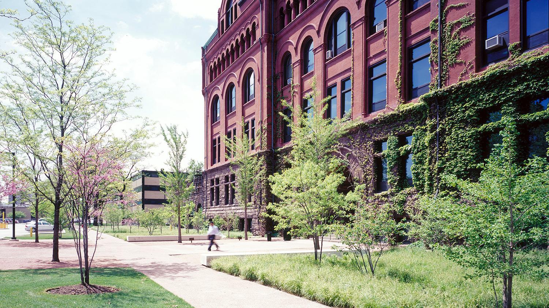 Chicago universities come together to sponsor Entrepreneurs On H-1B Visas