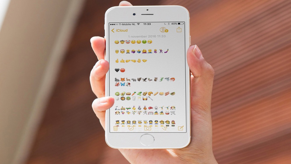 Freecharge co-founder Backs Live sticker search app Emojifi