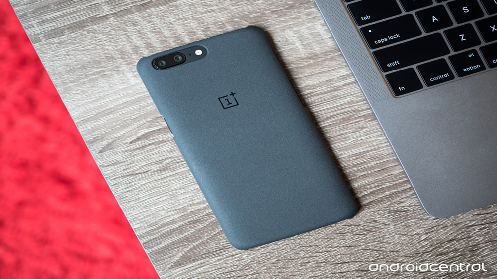 OnePlus plans to expand retail stores after big Q2 push