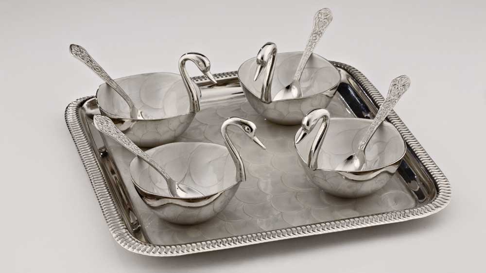 Frazer and Haws presents decorative serving platters & trays in silver