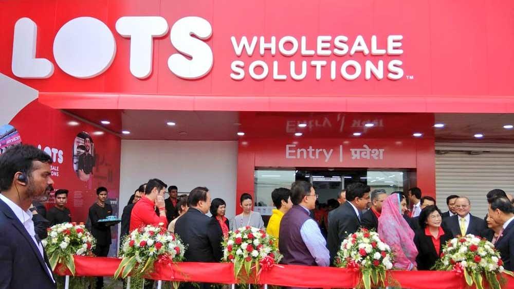 LOTS Wholesale introduces its second wholesale distribution centre in Delhi